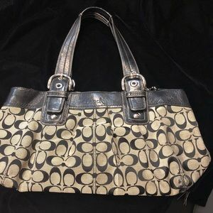 Iconic COACH bag!